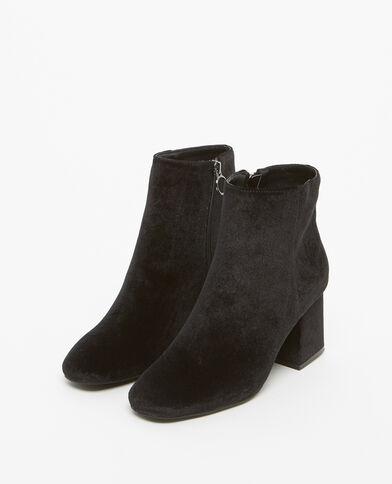 Boots con i tacchi effetto velluto nero