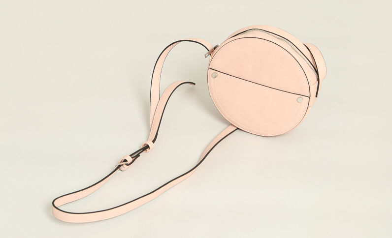 Borsa rotonda in finta pelle rosa