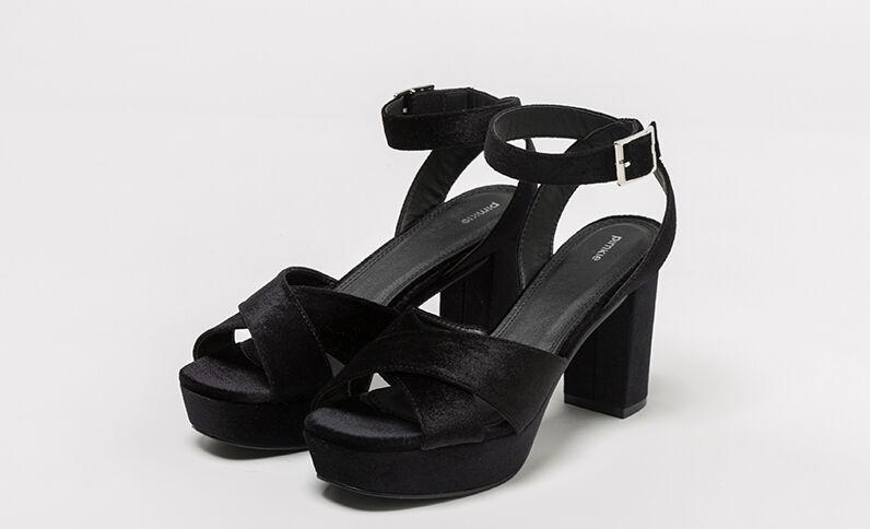 Sandali con plateau velluto nero