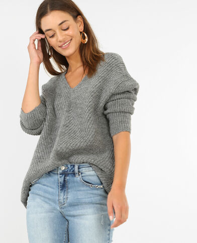 Pull in maglia calda. grigio chiné