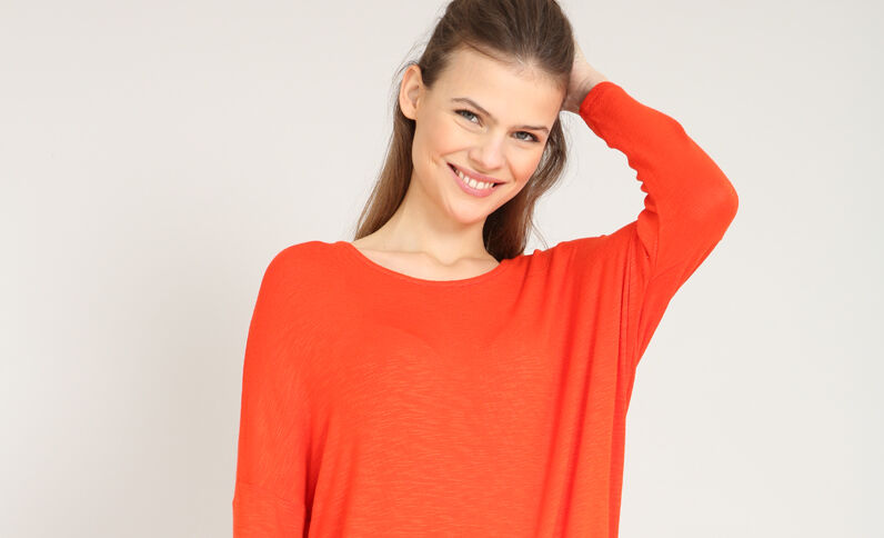 T-shirt maniche a pipistrello rosso