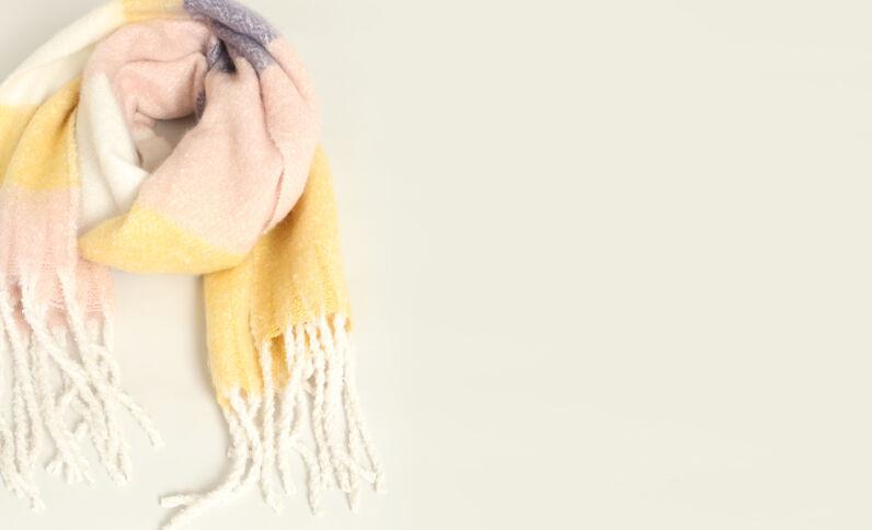 Sciarpa calda giallo