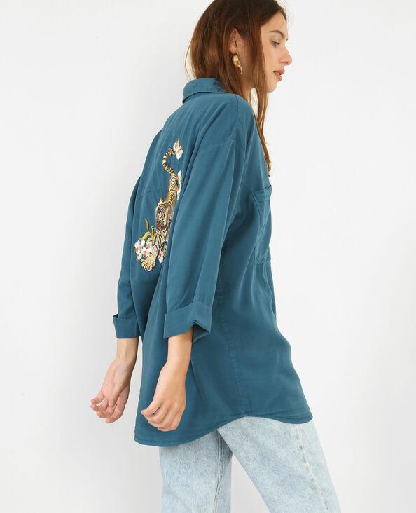 Camicia morbida ricamata blu petrolio