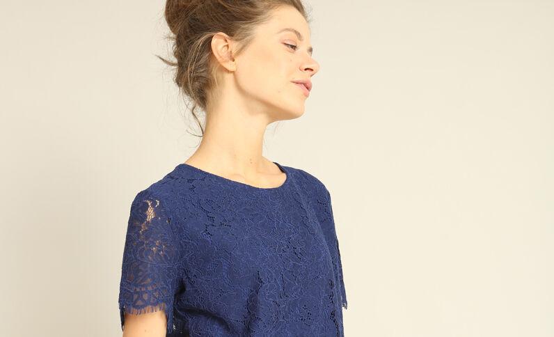 T-shirt in pizzo blu scuro