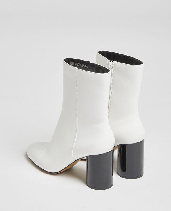 Stivali con tacco rotondo bianco