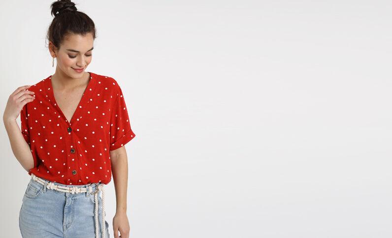 Camicia a pois rosso