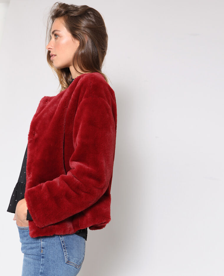 Cappotto corto in pelliccia ecologica bordeaux