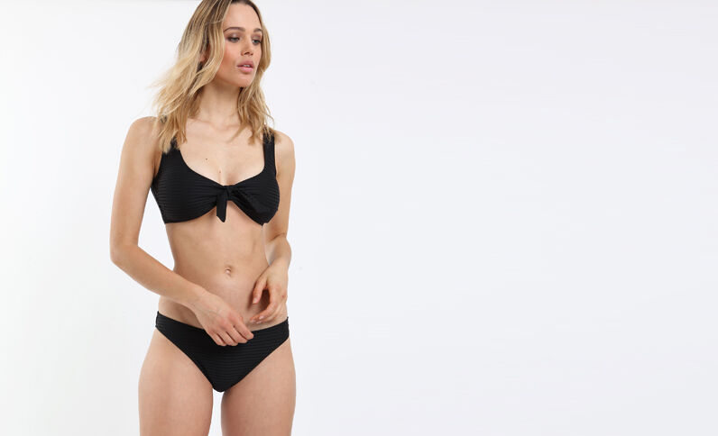 Pezzo sopra di bikini brassière nero
