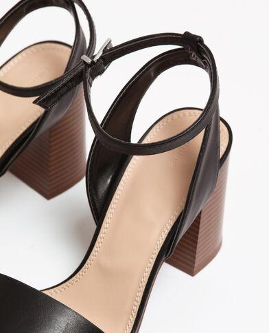 Sandali con cinturini nero