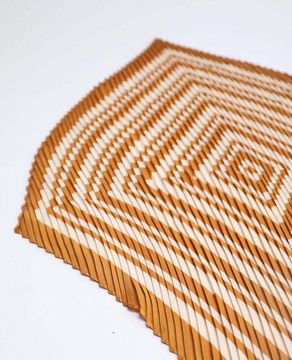 Foulard plissettato cammello