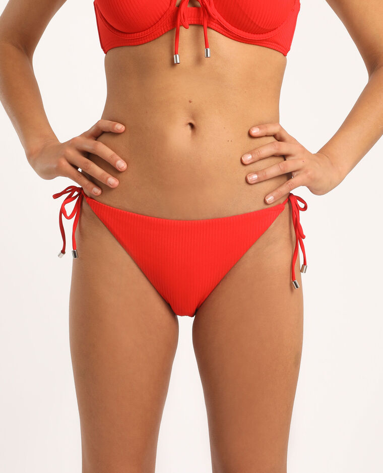 Pezzo sotto di bikini sgambato rosso