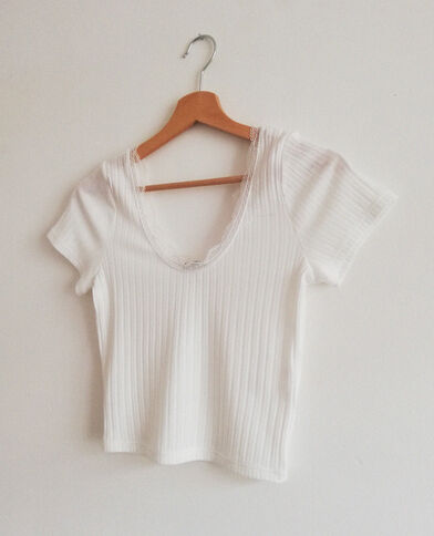 T-shirt cropped in pizzo bianco sporco