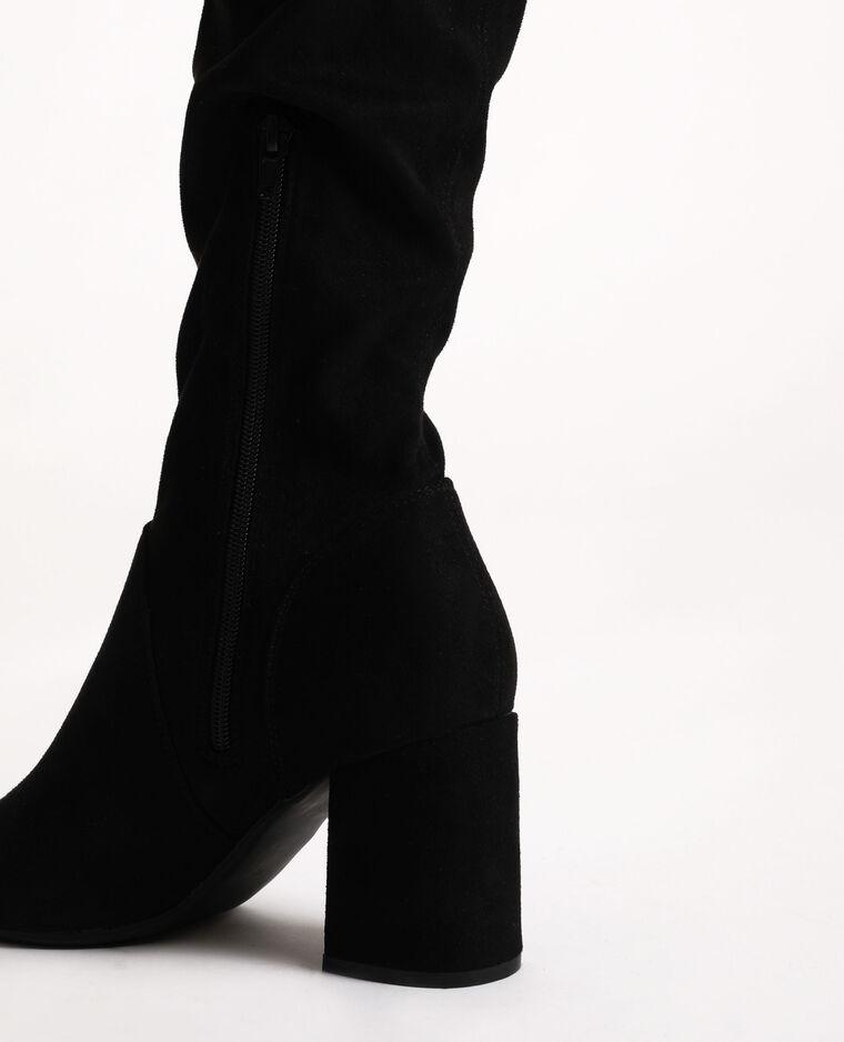 Stivali a mezza coscia con i tacchi nero