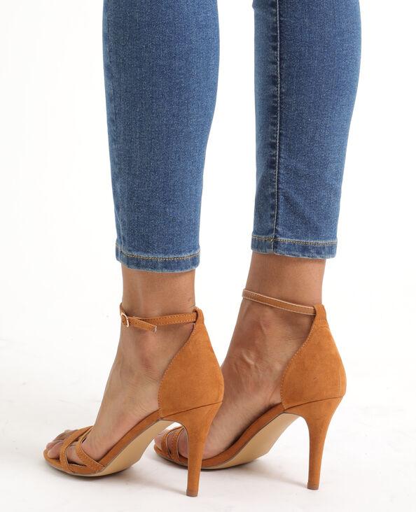 Sandali con tacchi a spillo marrone