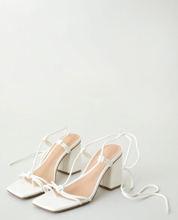 Sandali con tacco e laccetti bianco - Pimkie