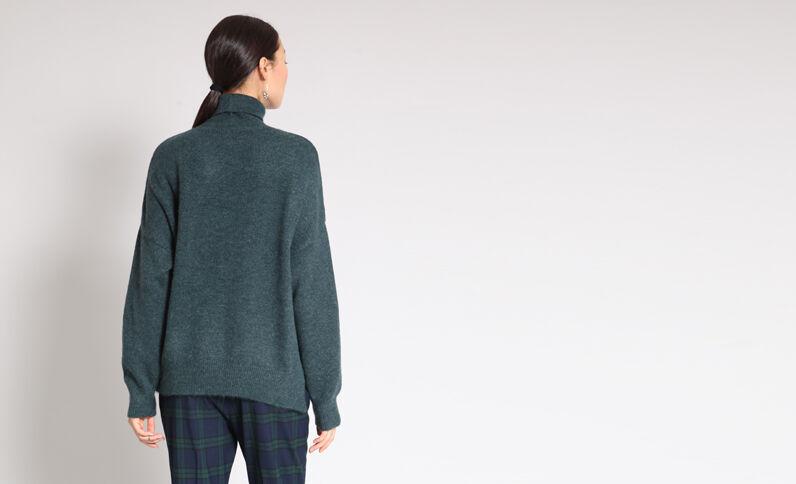 Pull ampio verde