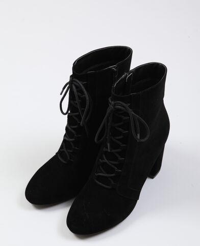 Stivali con lacci nero