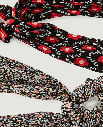 Lotto di 2 elastici plissettati a fiori. nero - Pimkie