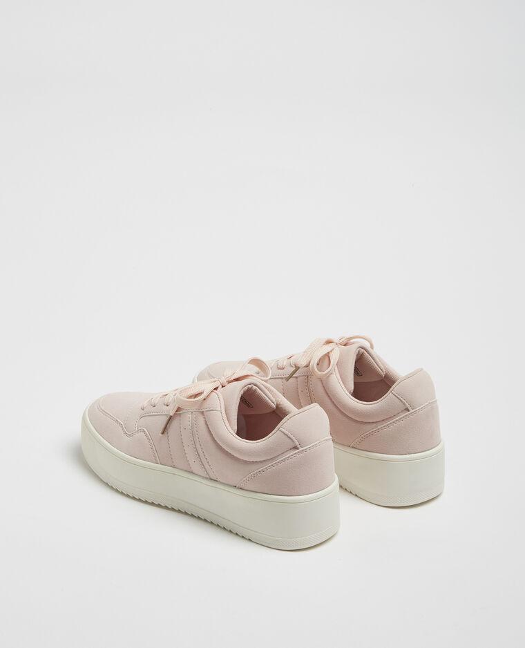 Scarpe da tennis con plateau. rosa