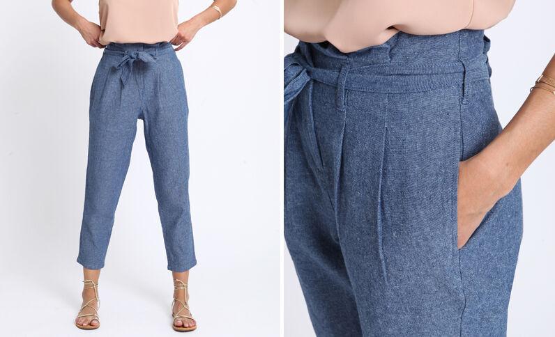 Pantalone a carota blu grezzo