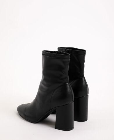 Boots con tacchi alti nero