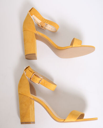 Sandali con i tacchi arancio
