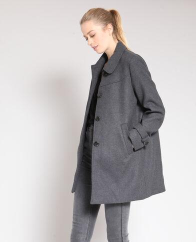 Cappotto di media lunghezza. grigio