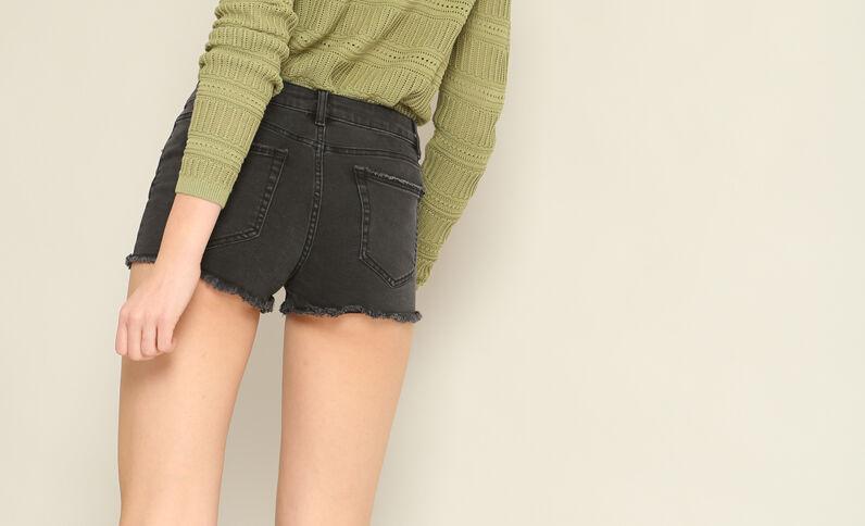 Short corto nero