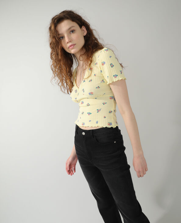 T-shirt con motivi floreali giallo - Pimkie