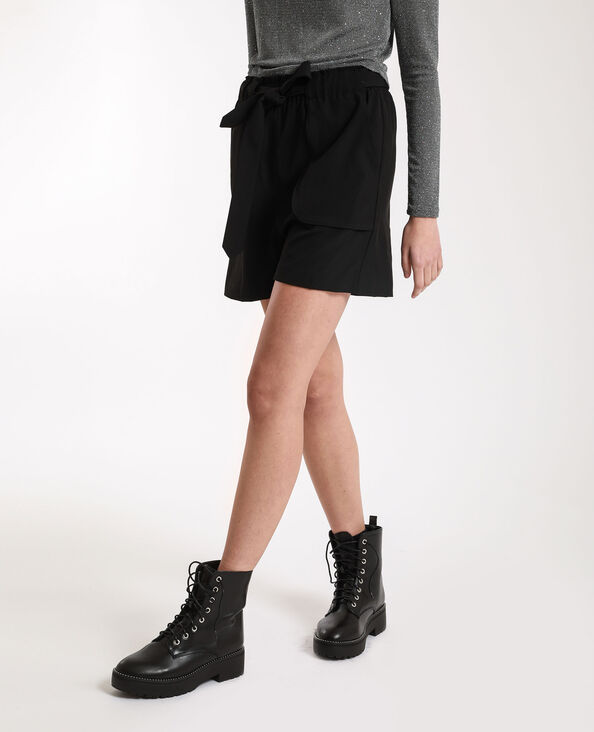 Short morbido nero