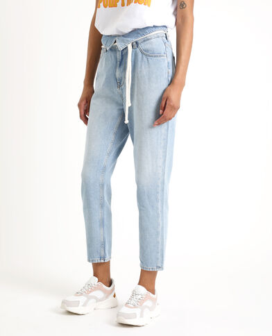 Jeans mom con risvolto blu delavato