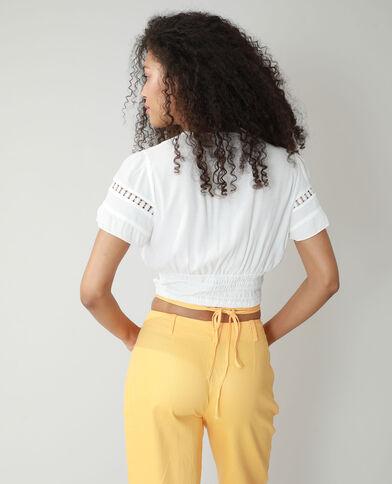 Blusa cropped con smock bianco sporco - Pimkie