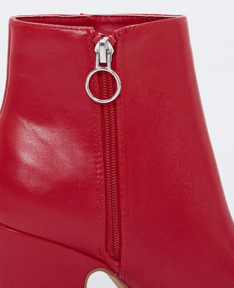 Stivaletti con i tacchi rosso