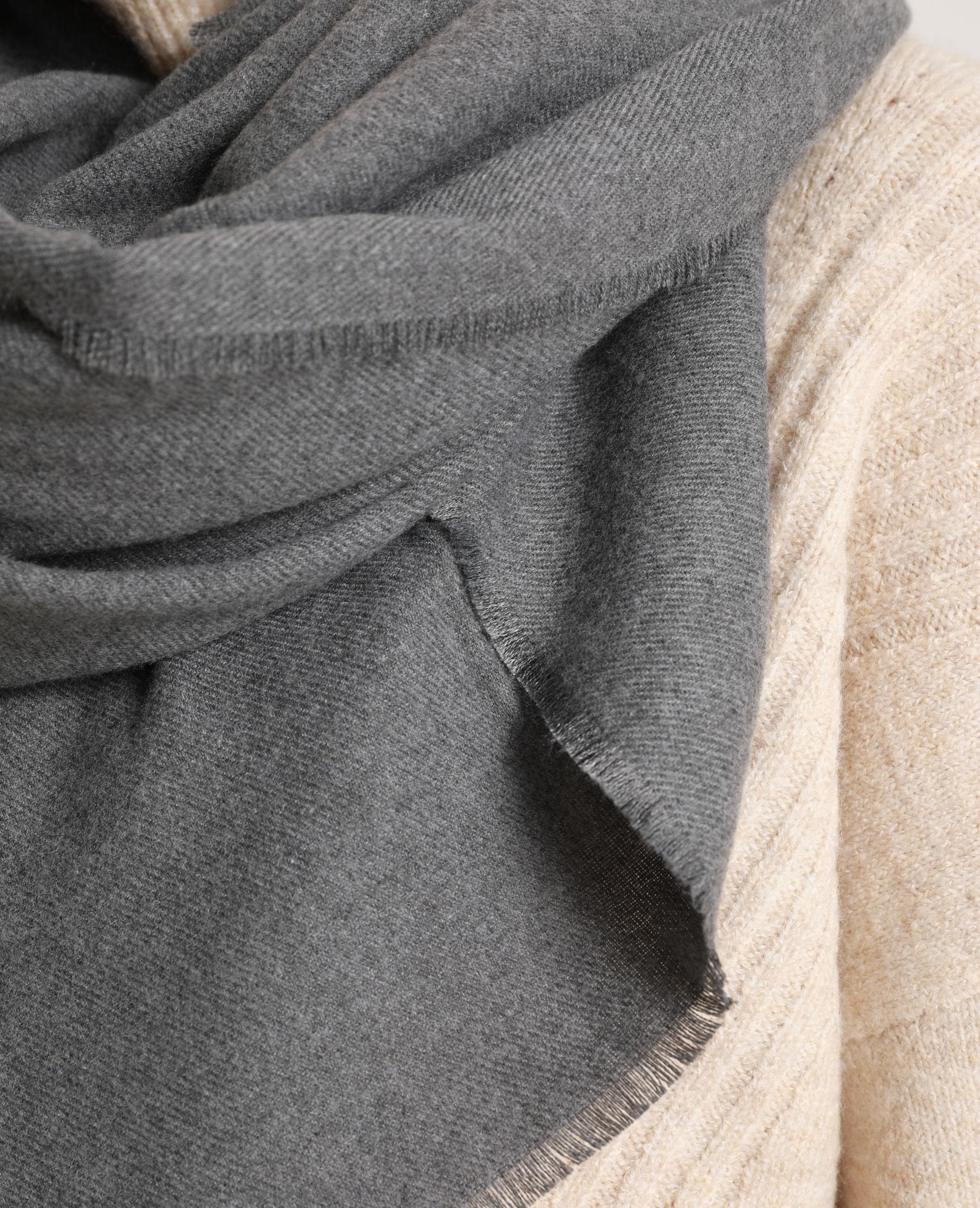 Stola grande grigio - Pimkie