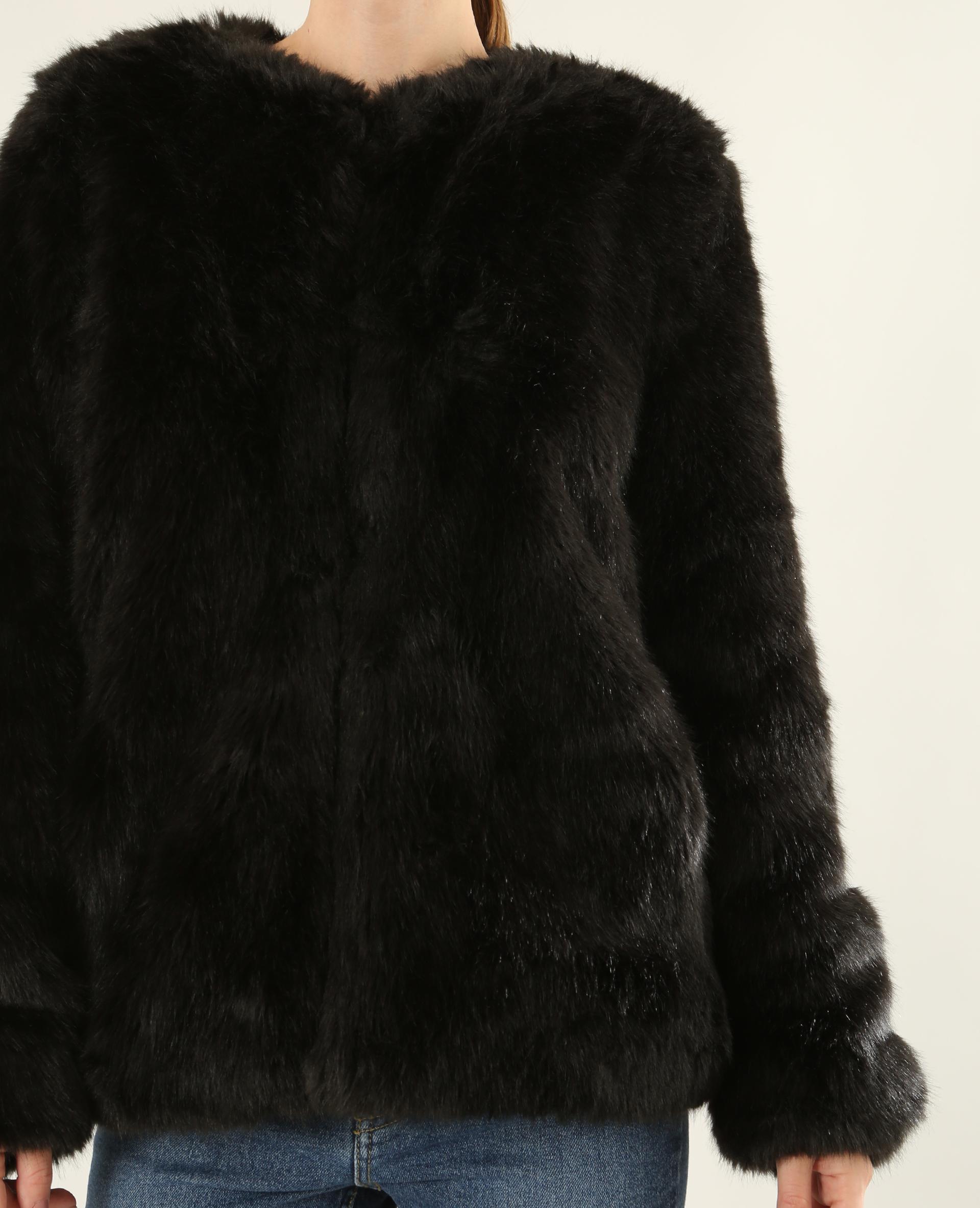 new styles 6575c e4402 Giacca in pelliccia ecologica nero - 280112899A08 | Pimkie