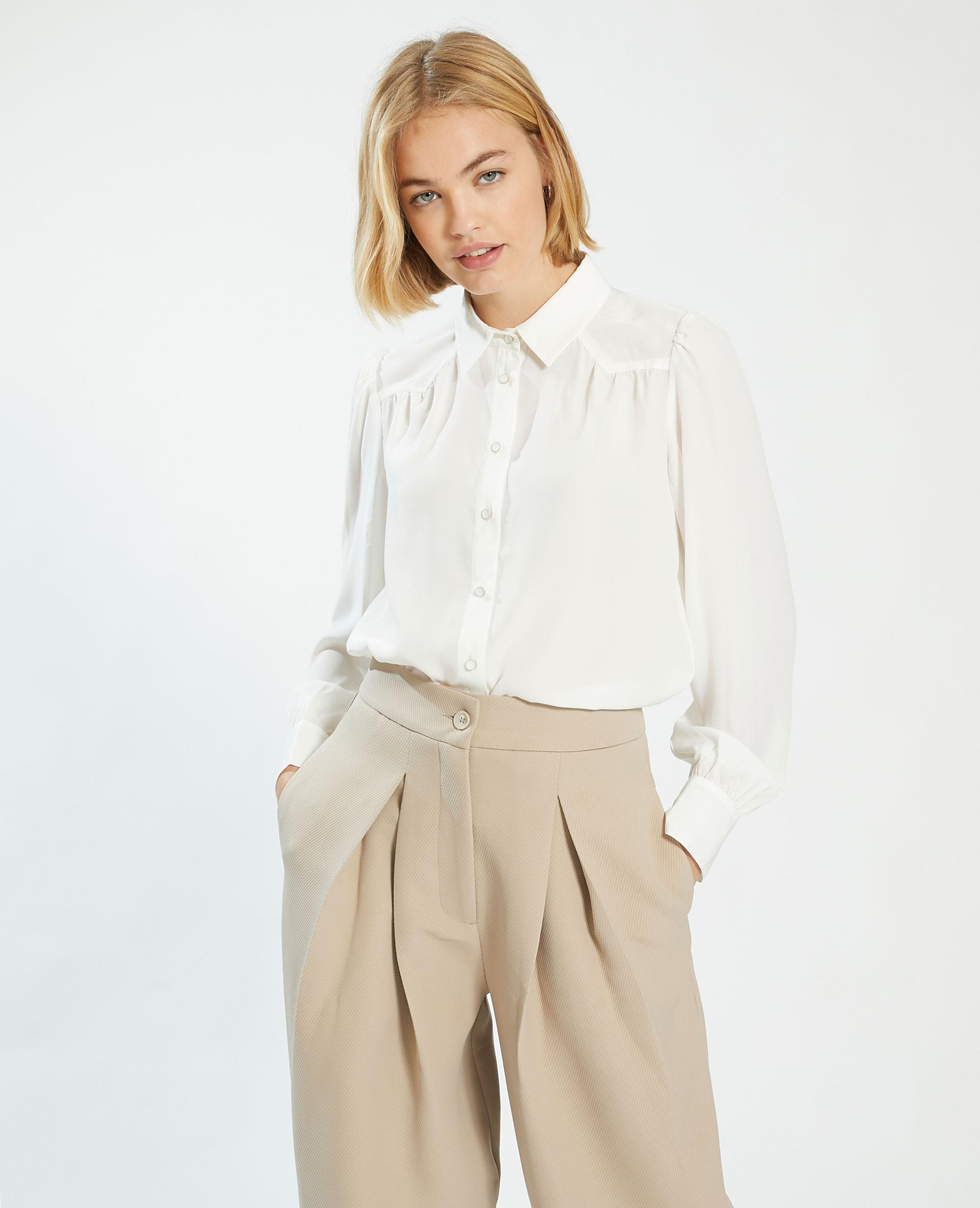Camicia setosa con bottoni fantasia bianco sporco - Pimkie