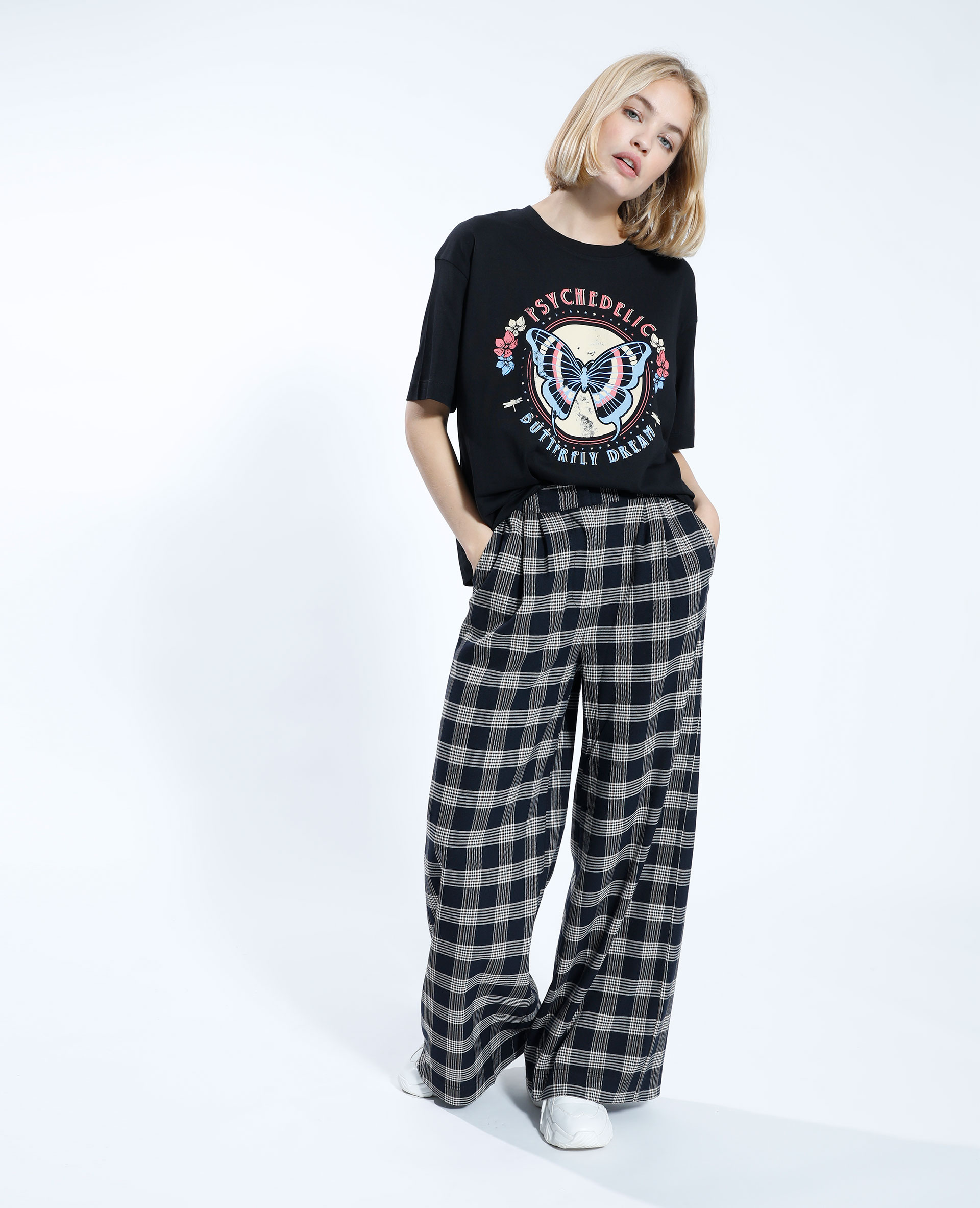 T-shirt con motivo farfalla nero - Pimkie