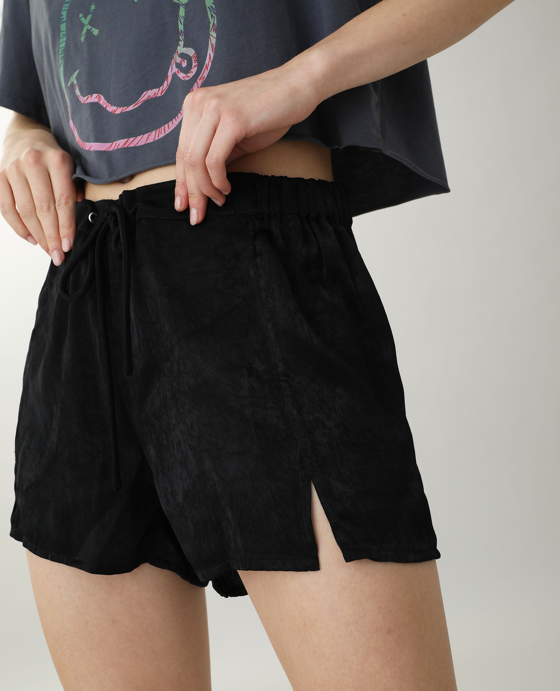 Short satinato nero - Pimkie